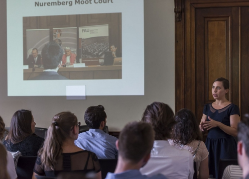 Presentation of the moot courts during orientation week